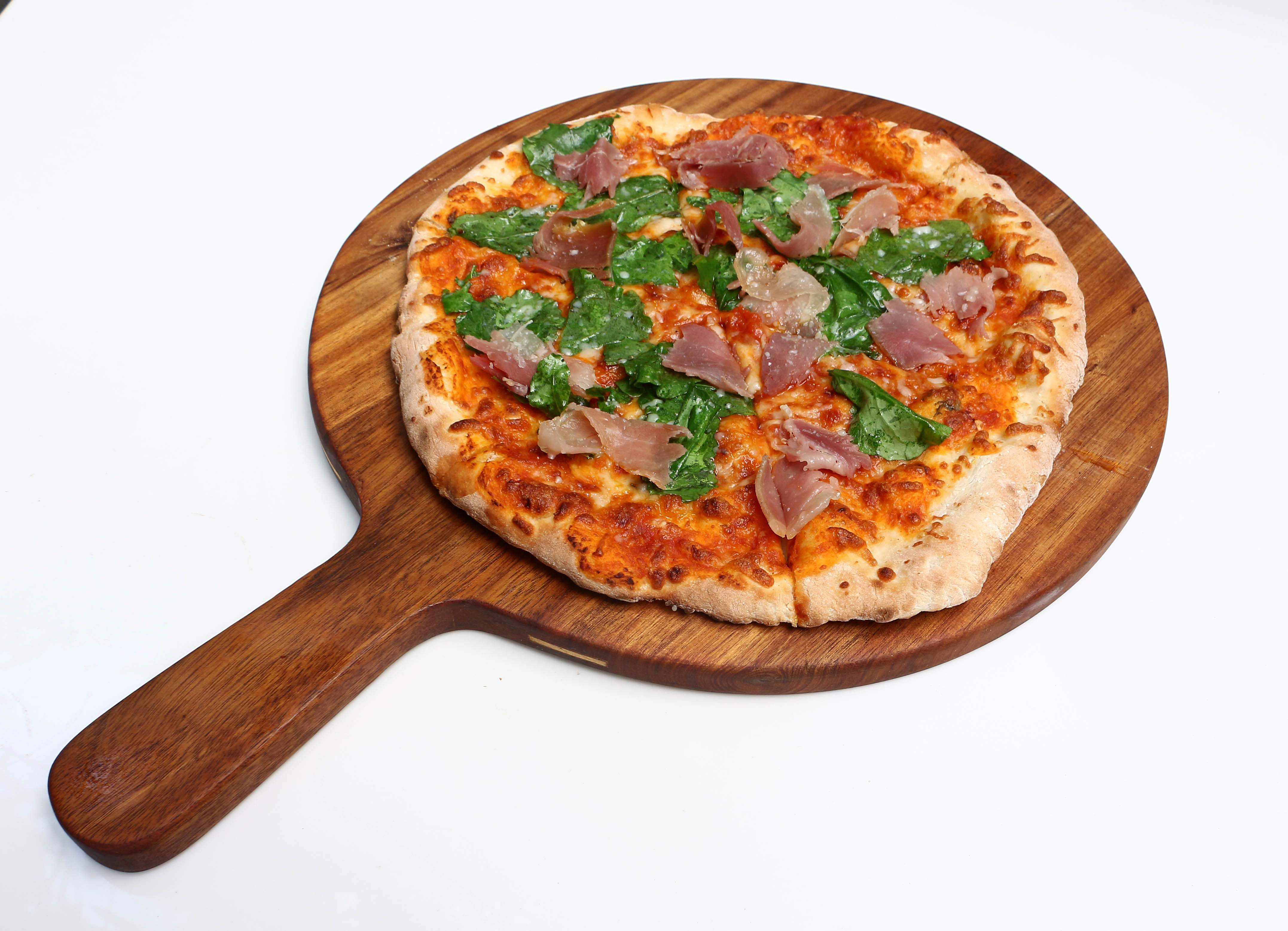 Proscuitto and Rucola pizza