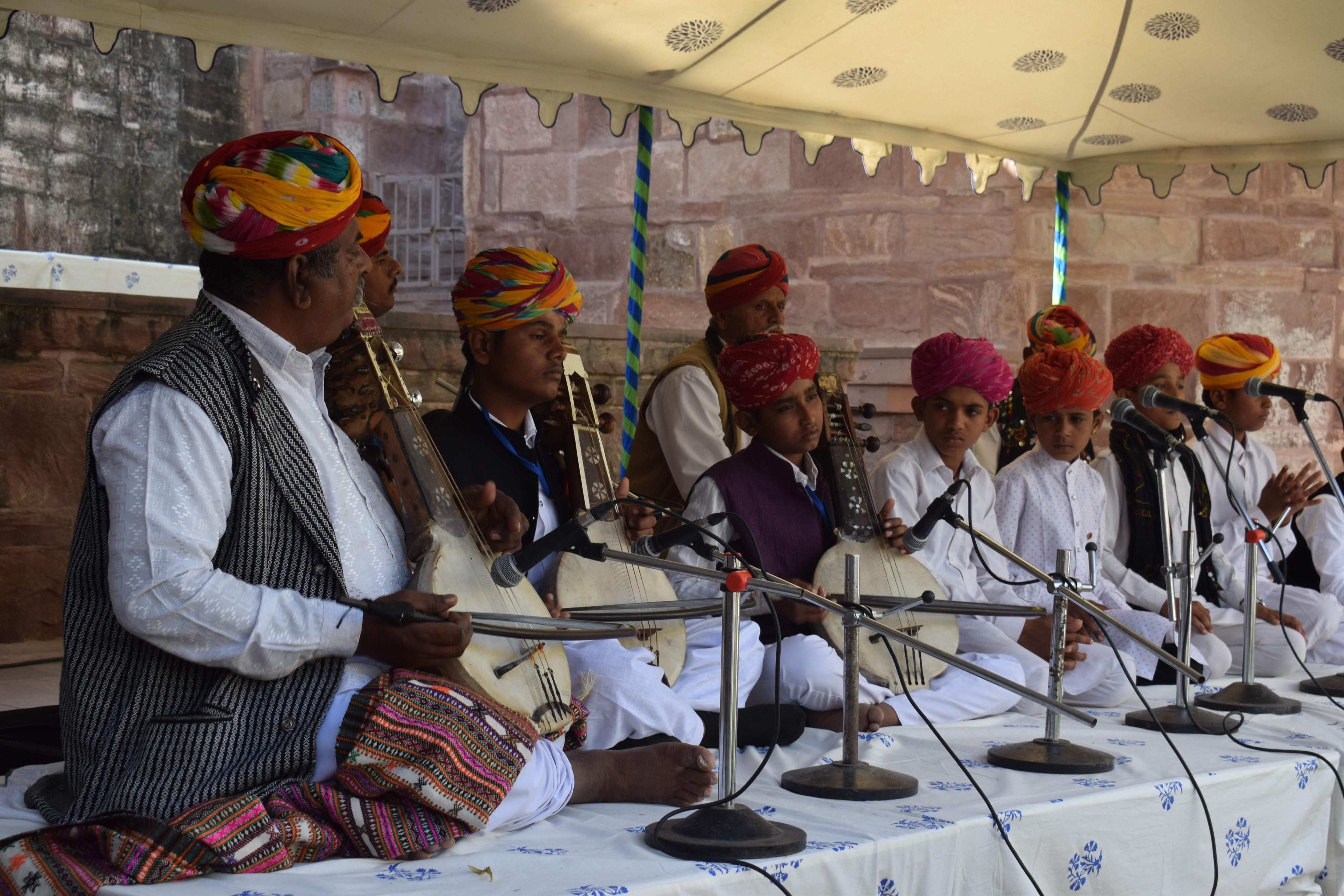 Manganiar performers