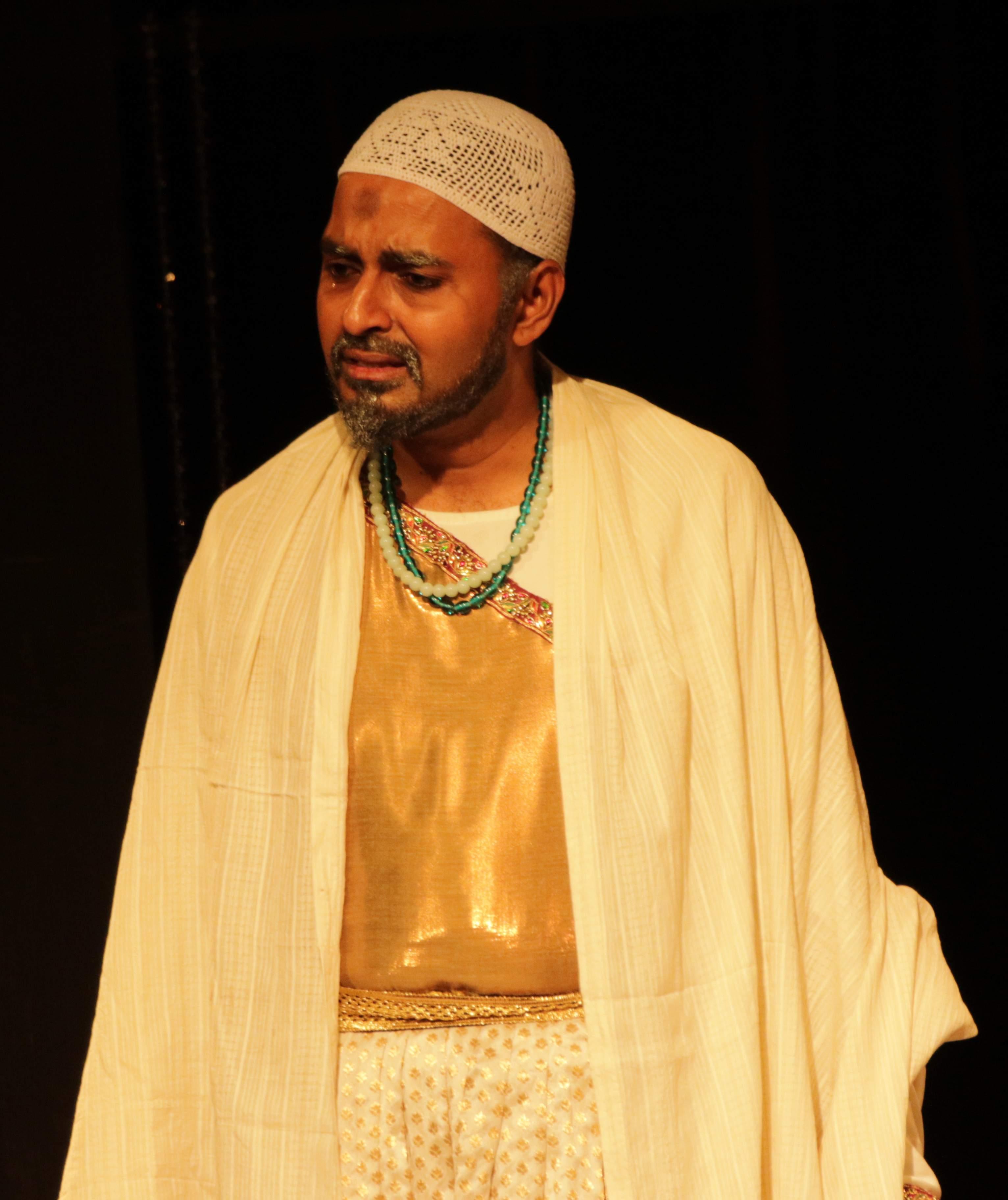 Swami Nathan as Aurangzeb