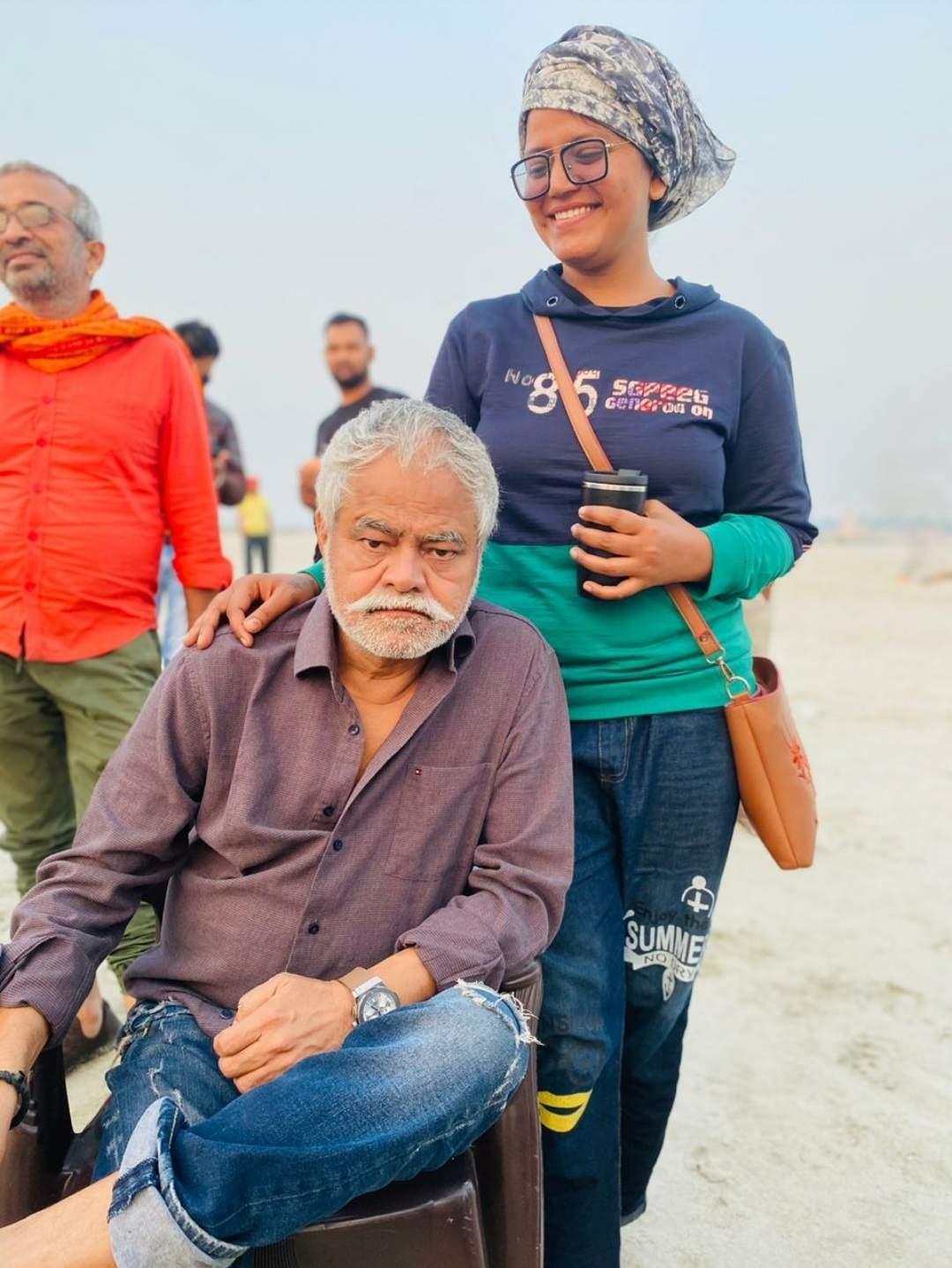 Sanjay Mishra with Smita Singh during the shooting of Andaman