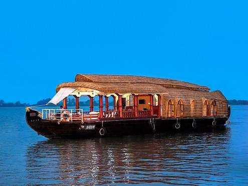 Aqua Jumbo Houseboat in Kerala