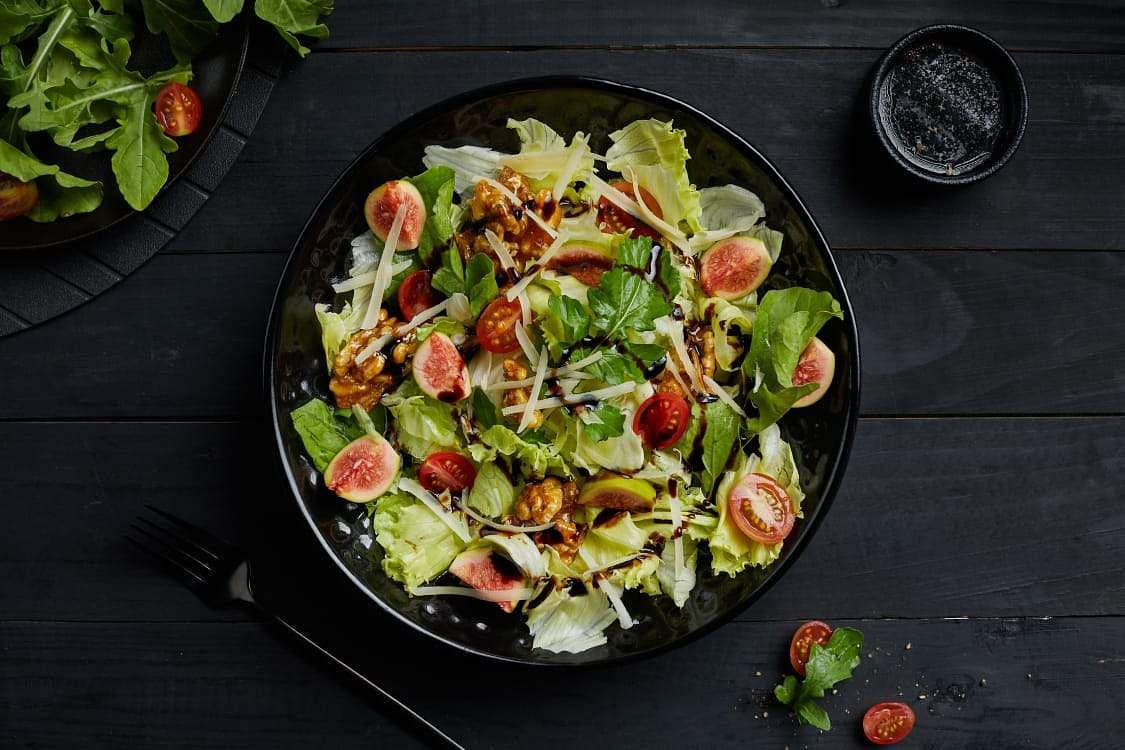 Caramelised Fig and Nut Salad