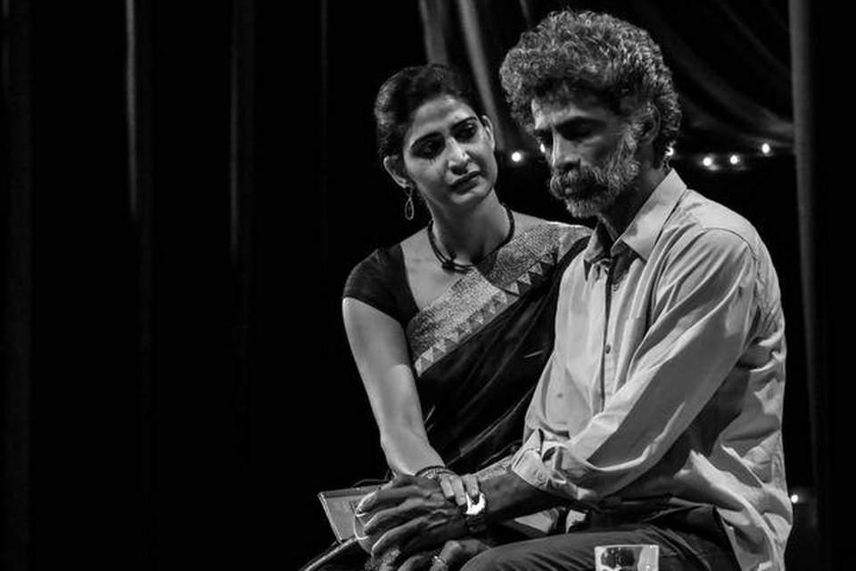 Aahana Kumra and Makrand Deshpande in Sir Sir Sarla