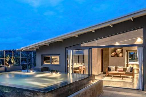 Joe's Striking Penthouse With Private Plunge Pool