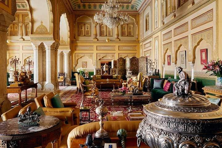 Living space of the Gudliya suite at City Palace