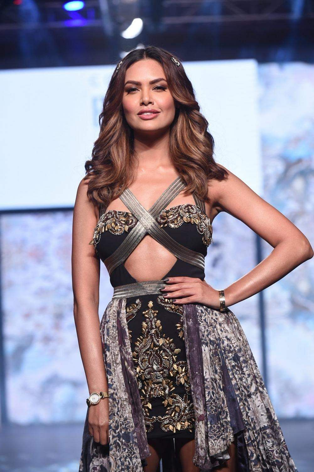 Actress Esha Gupta walks the ramp for designer Rocky S during India Beach Fashion Week in Goa
