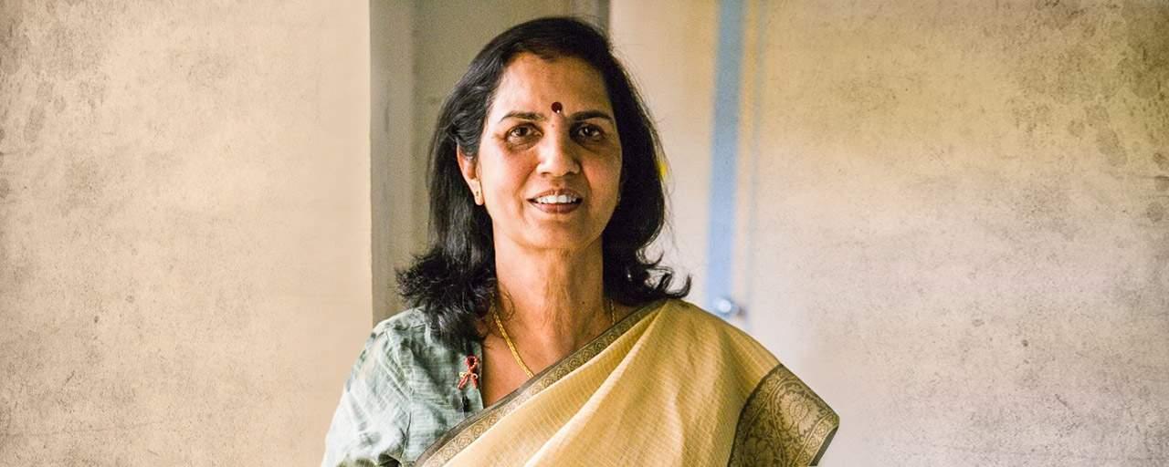 Dr Suniti Solomon