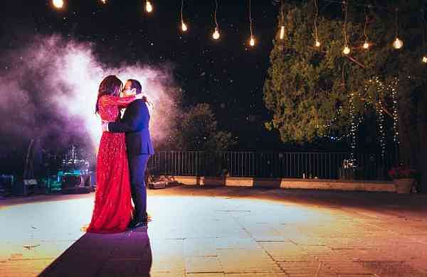 Surveen Chawla Gets hitched