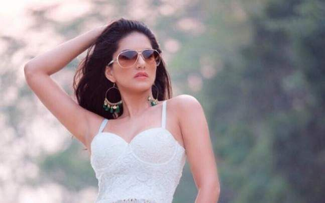Sunny Leone to essay a South queen