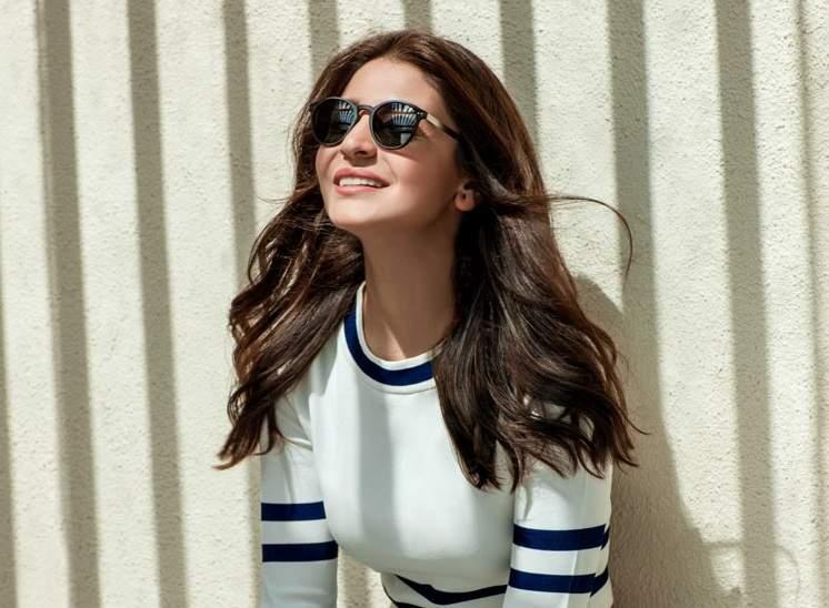 Anushka Sharma revelas her love for sunglasses