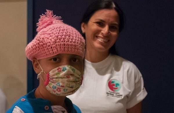 Charity_gifts_for_children_with_cancer,_foundation_Vanessa_Isabel