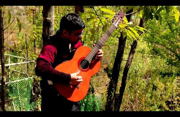 Kapil_Srivastava_Guitar_Player_India_Himachal_Pradesh