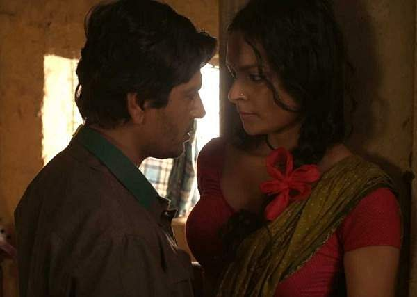 Nawazuddin_with_Bidita_Bag_in_Babumoshai_Bandookbaaz