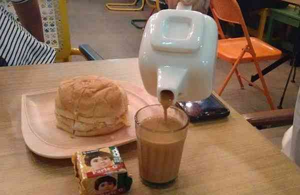 Chai_Galli_serves_different_types_of_teas