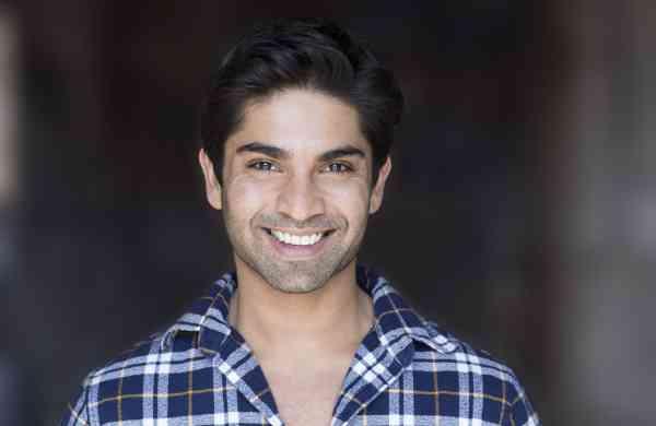 Actor Vandit Bhatt photo