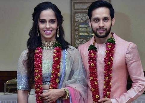 Saina Nehwal ties the knot with Parupalli Kashyap, shares wedding pictures