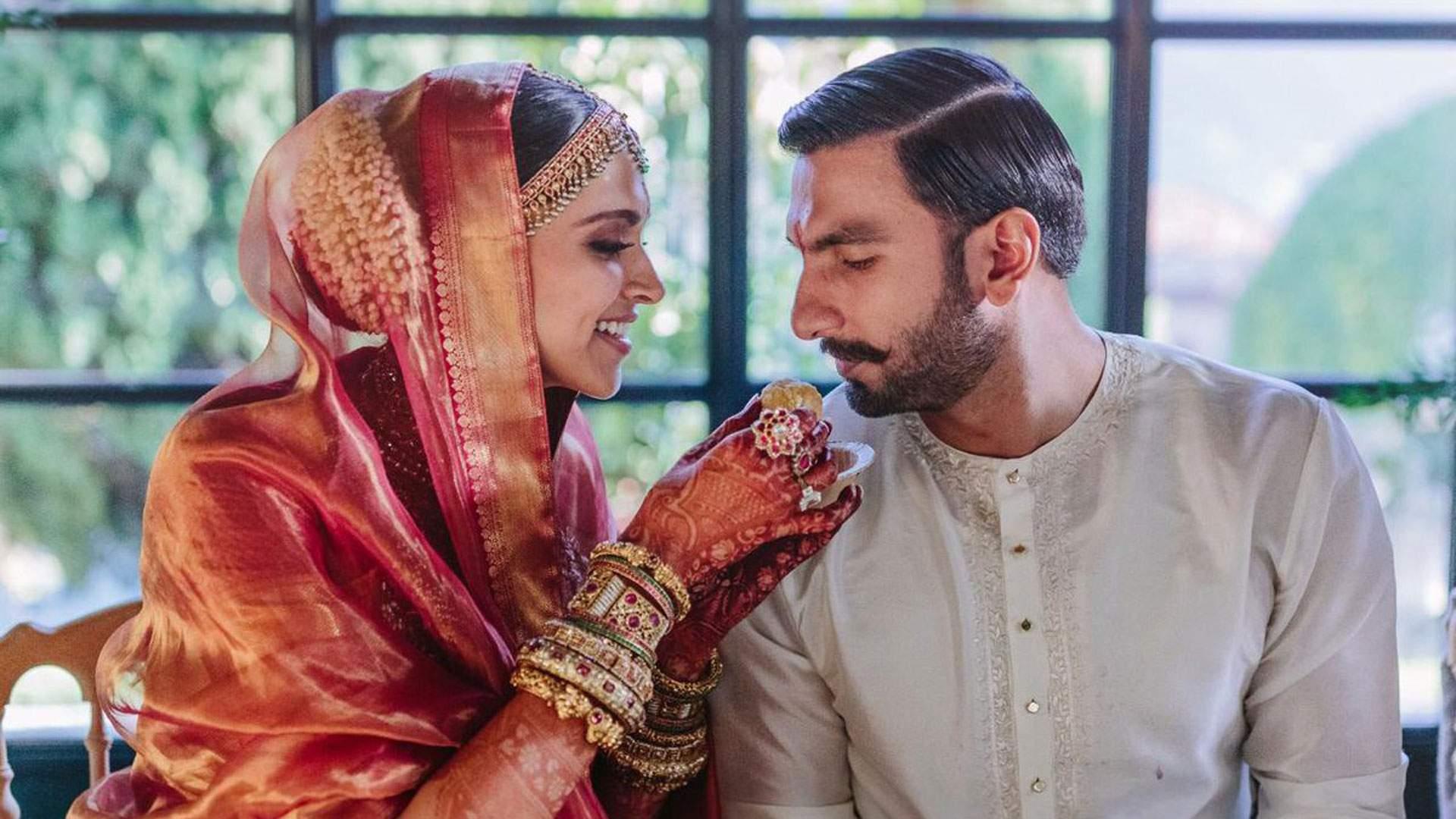 Deepika-Padukone-and-Ranveer-Singh-just-dropped-the-cutest-wedding-pictures