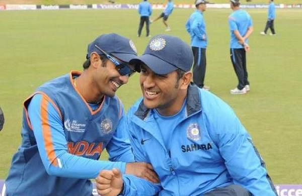 Dinesh Karthik and MS Dhoni