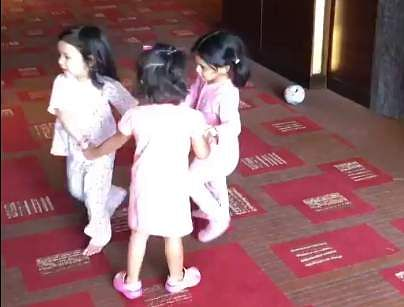 Father MS Dhoni in awe of Ziva's dancing skills