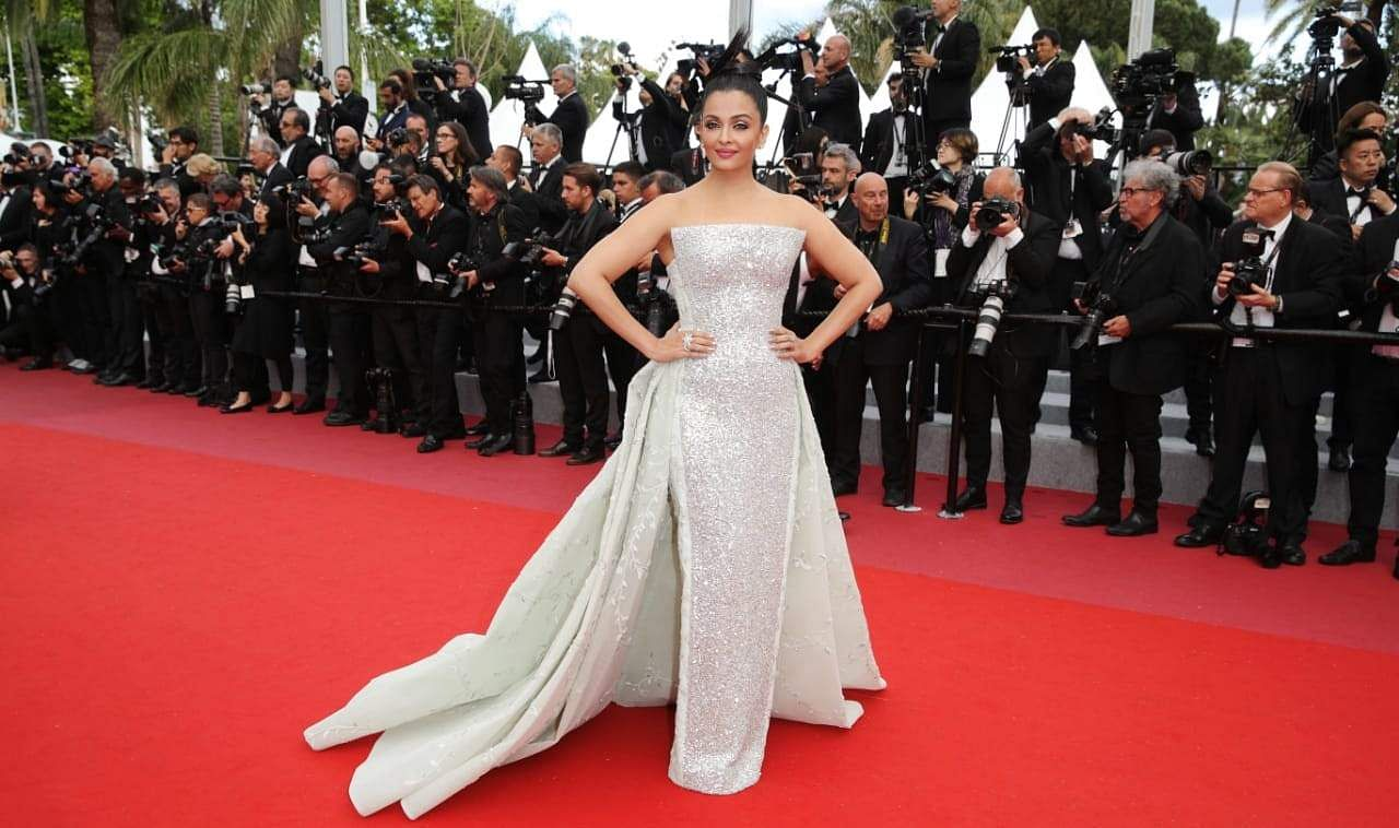 Aishwarya's second appearance on the red carpet, in a stunning ivory gown by Rami Kadi