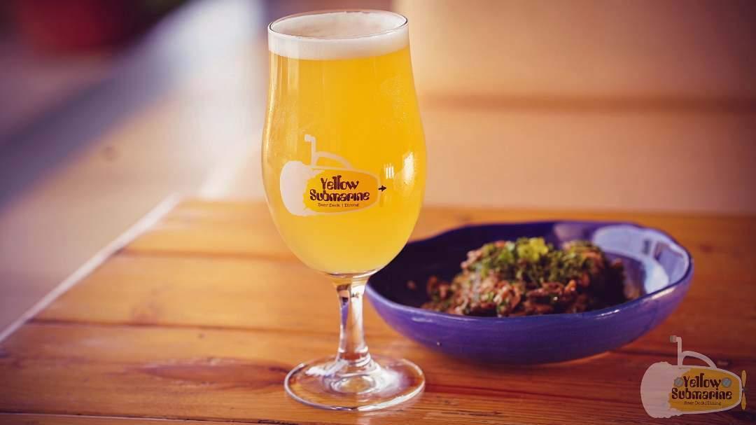 Yellow Submarine Mango Beer