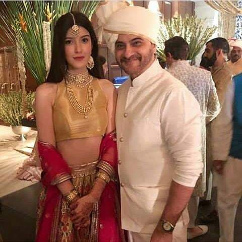 The beautiful Shanaya Kapoor and her father Sanjay Kapoor, brother of Anil Kapoor