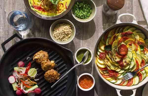 JW_Kitchen_-_Food_Display