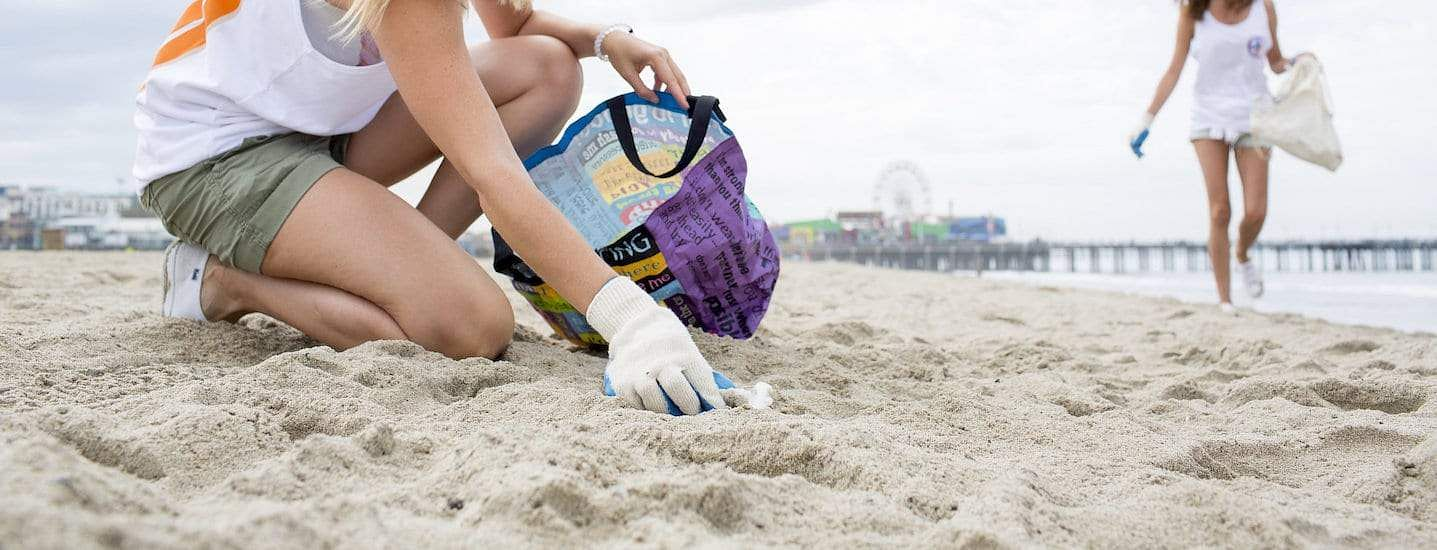 Beach_clean_up