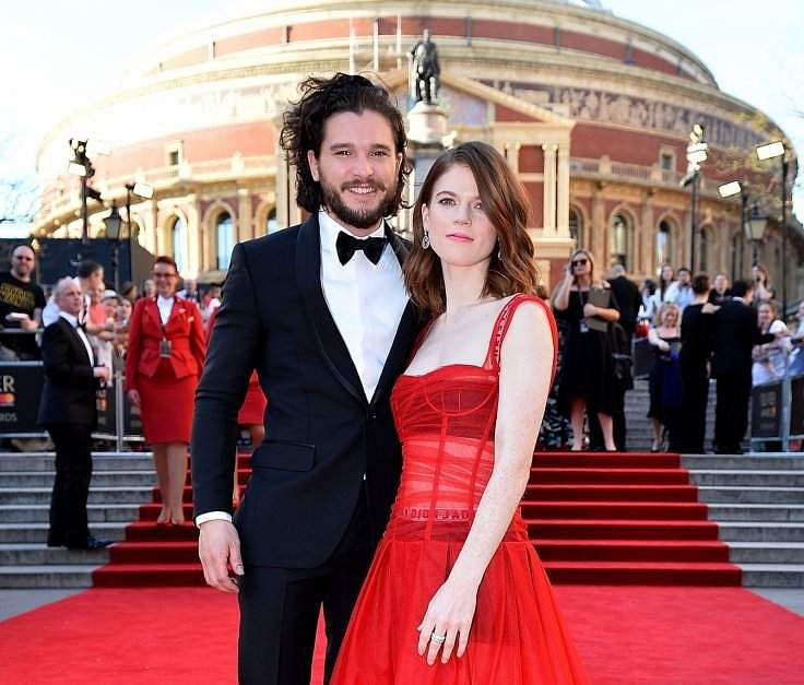 Kit Harington and Rose Leslie, get married in Scotland.