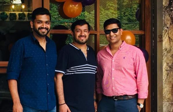BG_Raja,_Vikas_and_Akshat_Singhania