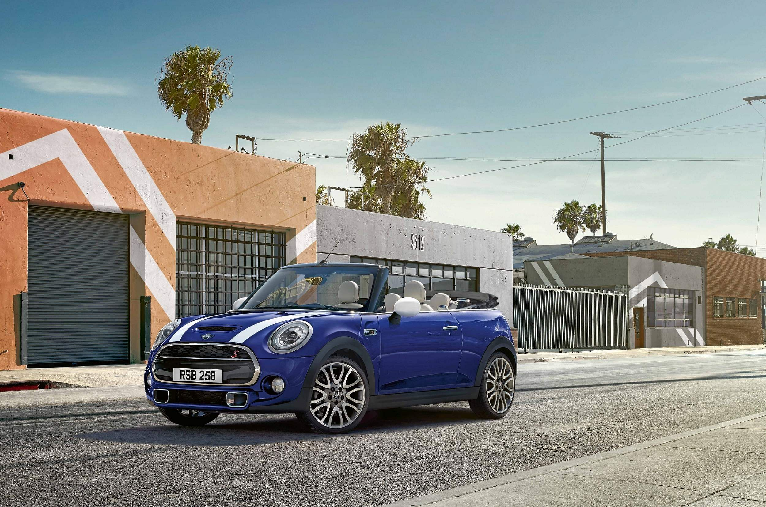 03_The_new_MINI_Convertible