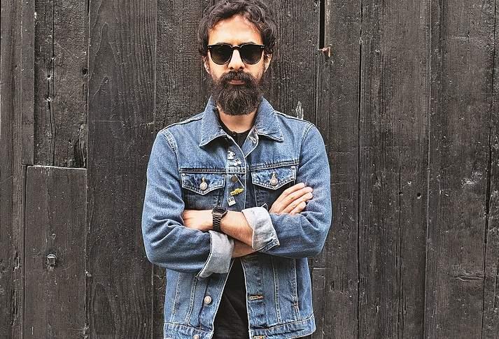 Ankur_Tewari_(Black_Background)_-_Photo_Courtesy_-_Prarthna_Singh