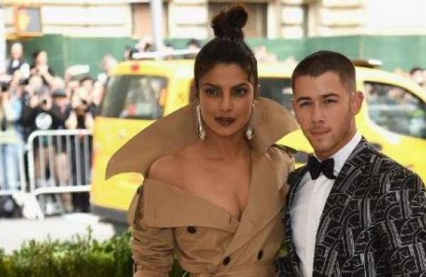 Priyanka Chopraand Nick Jonas