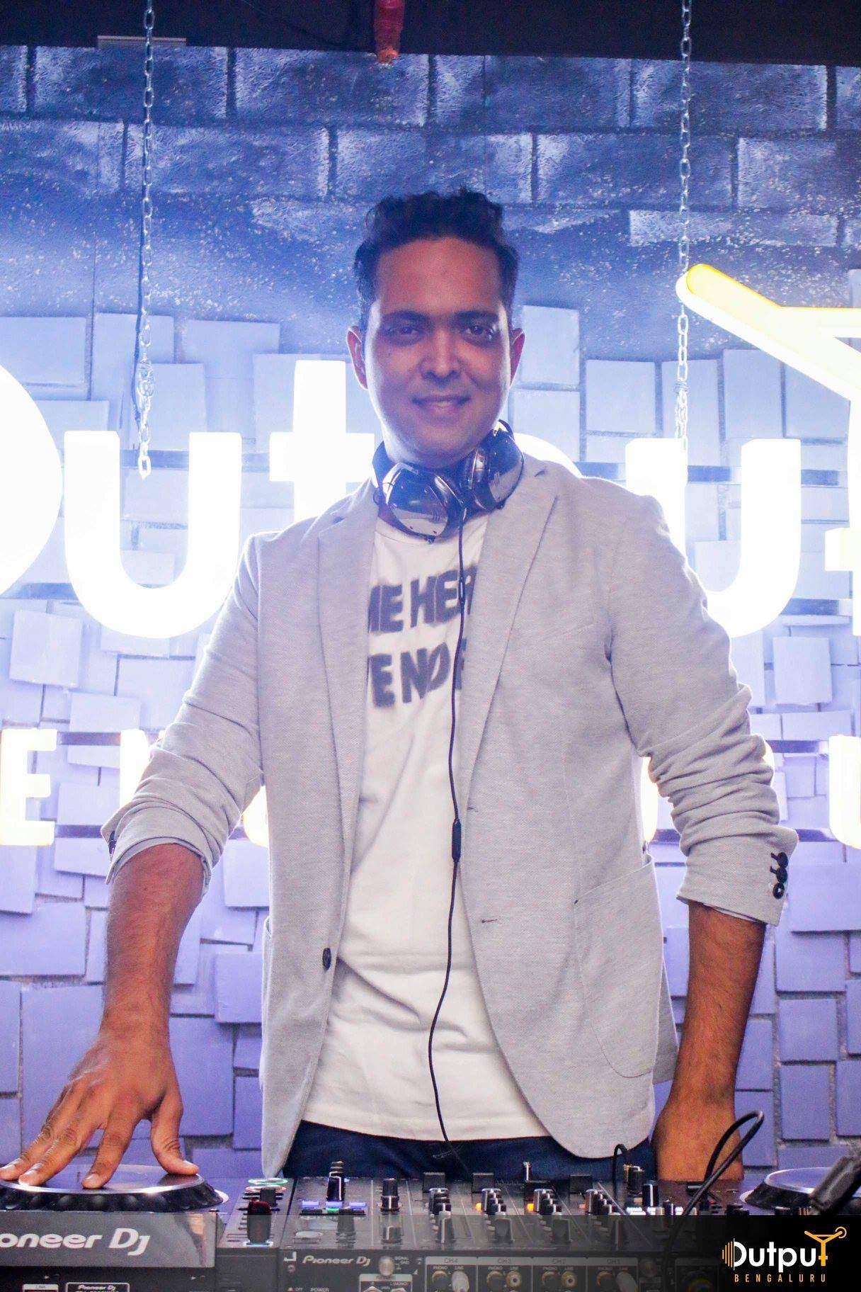 DJ_Vipul_Khurana_2