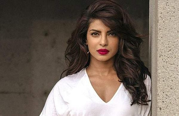 Priyanka Chopra receivesnotice for illegalconstruction in Mumbai