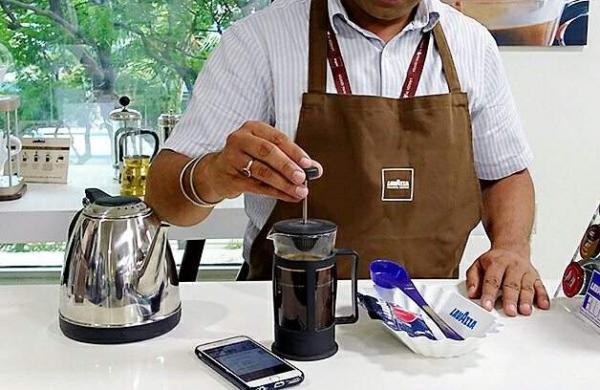 coffee making machine photo