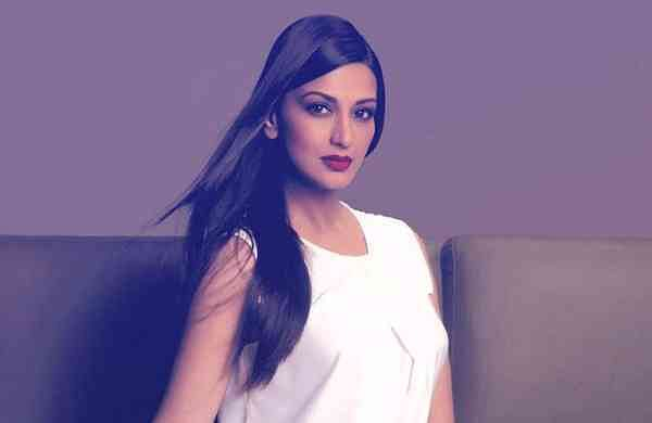 Sonali Bendre Photo