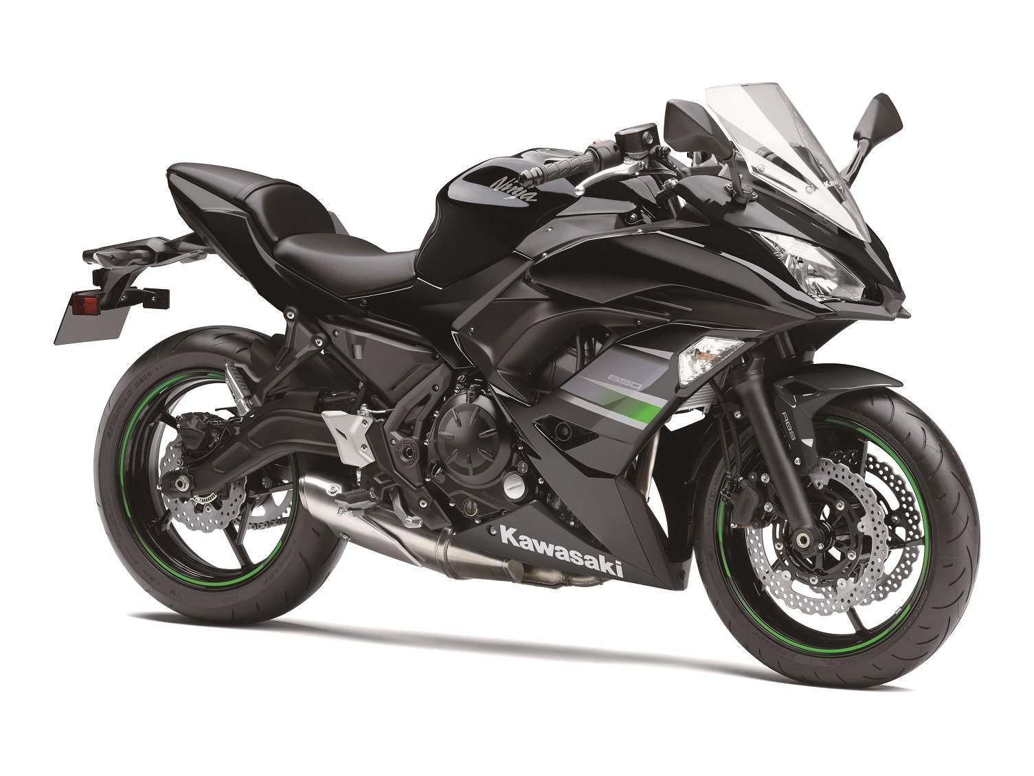 Kawasaki_Ninja_650_(2)