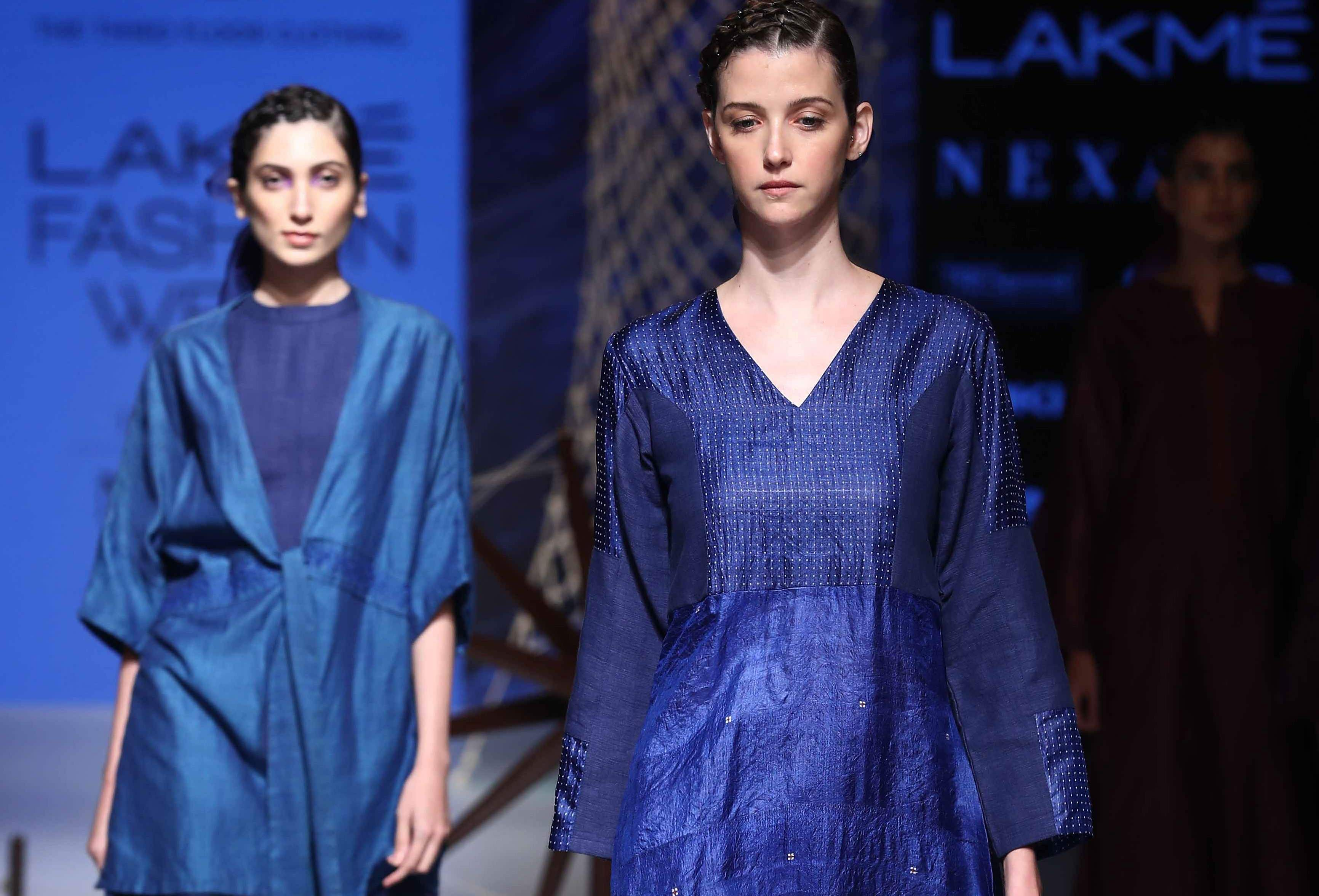 Khadi And Village Industries Commission S Designers Opened The Sustainable Fashion Day At Lakme Fash
