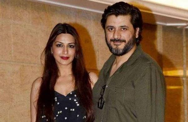 Sonali Bendre Goldie Behl photo