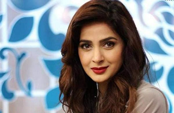 Saba Qamar actress photo