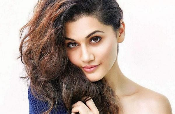 taapsee google photo