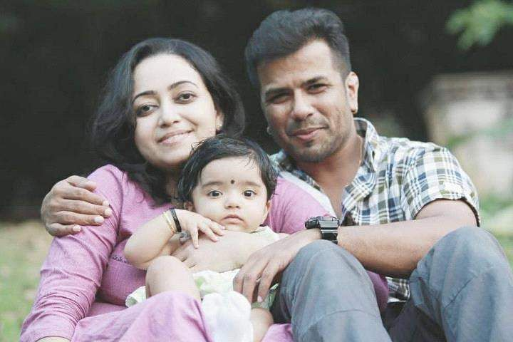Violinist Balabhaskar and wife critical after road accident in Kerala daughter dies