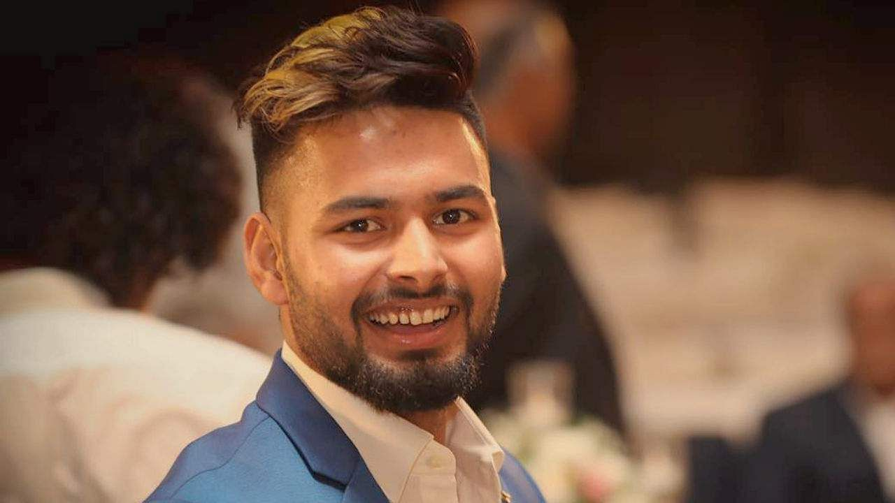 'You are the reason I'm so happy,' Rishabh Pant writes to girlfriend, makes relationship official on