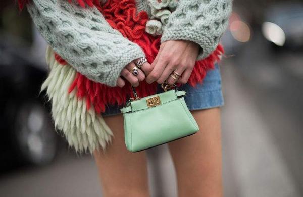Micro purses