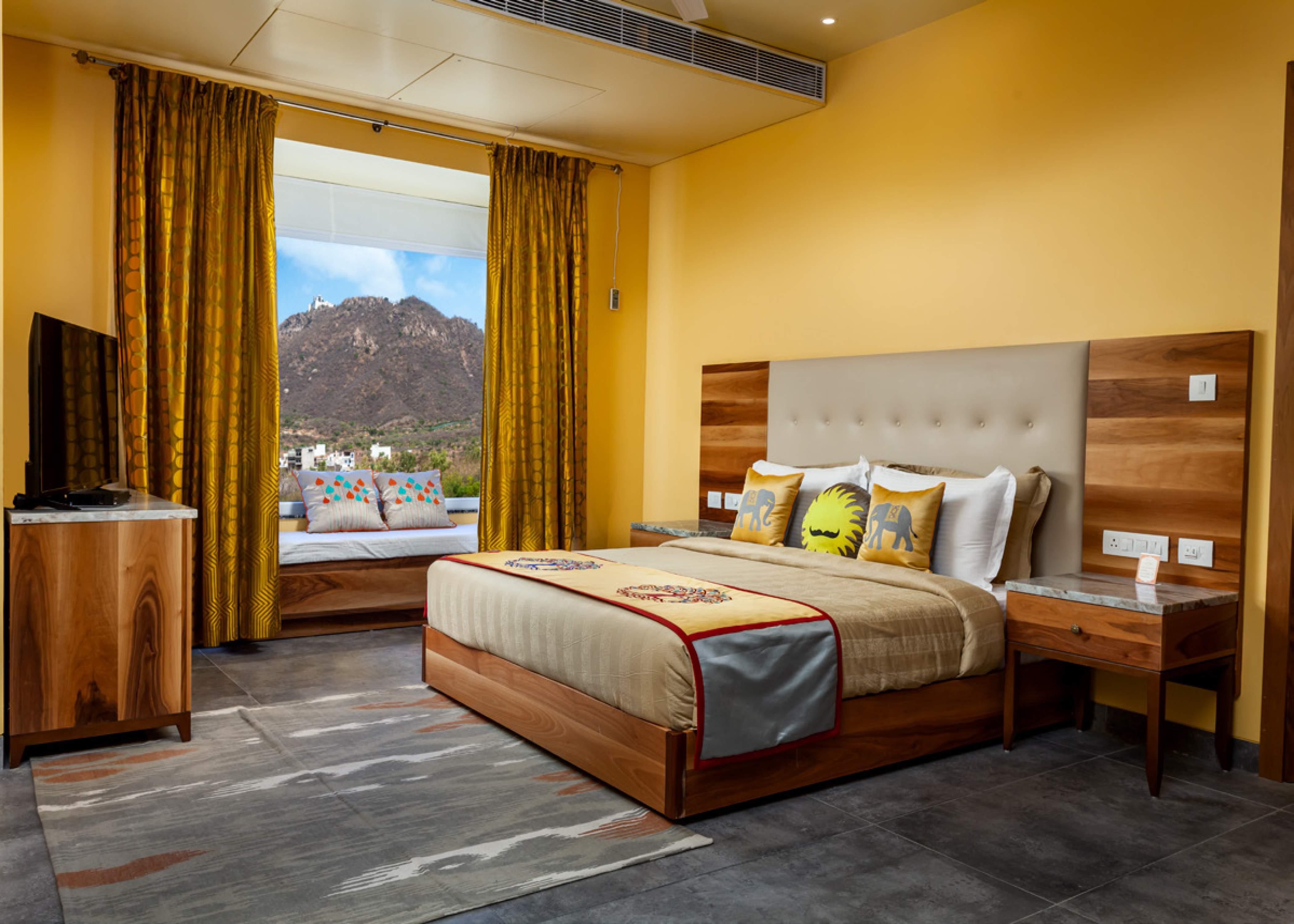 jüSTa Sajjangarh Resort & Spa