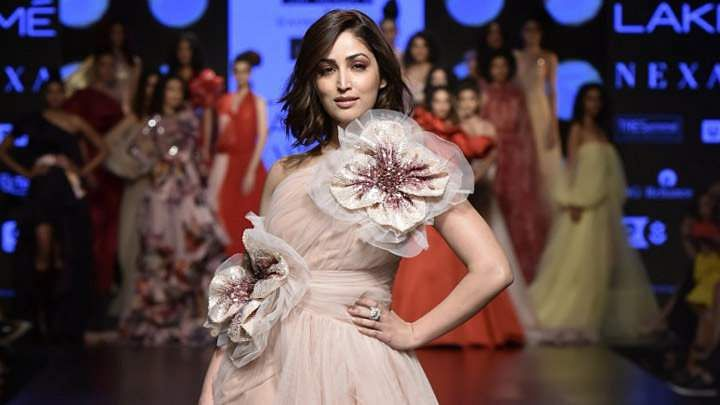 Yami Gautam trips at LFW ramp but handles with grace, video goes viral