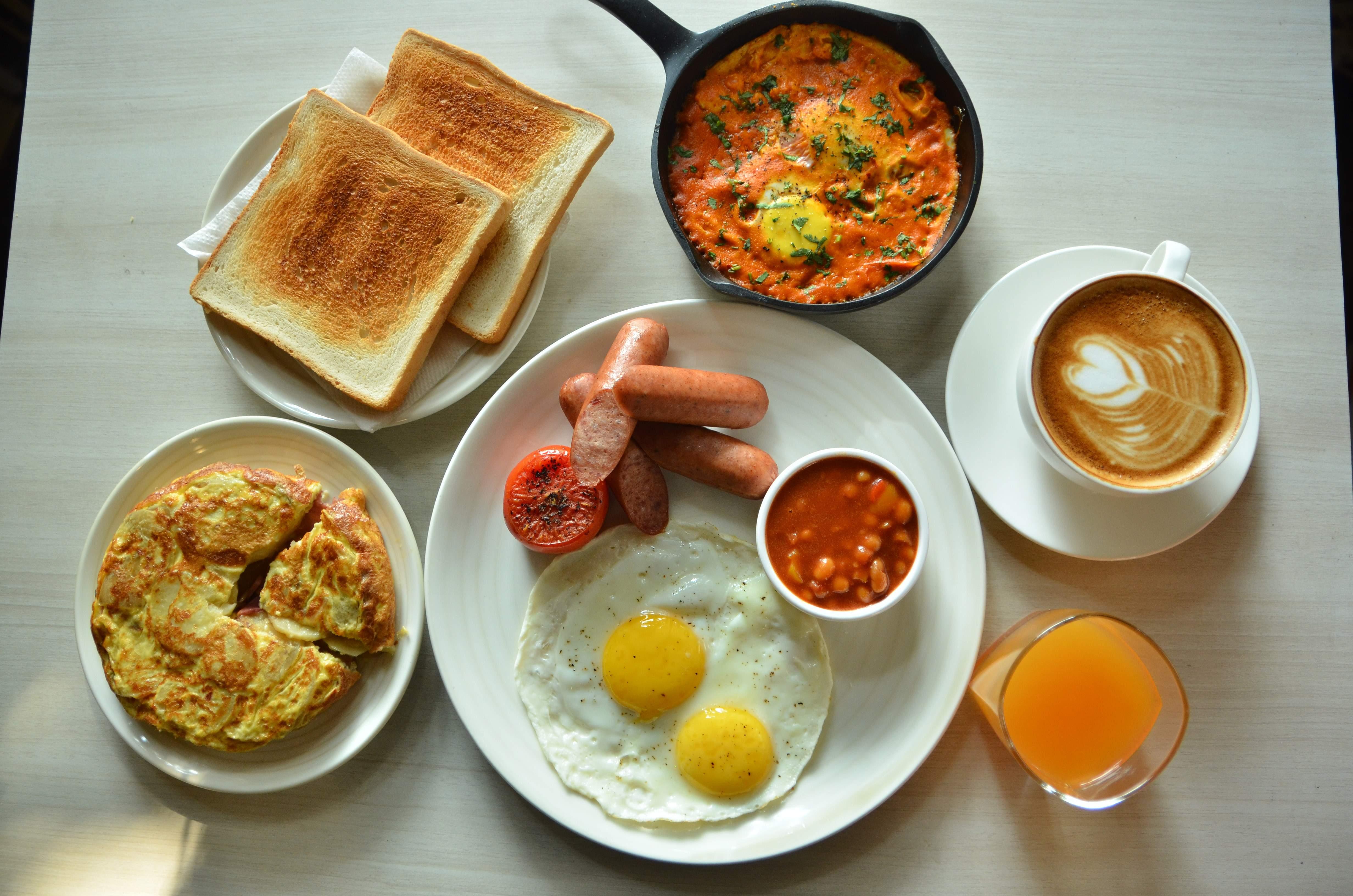 Wanderwall Hindustan Park cafe Kolkata