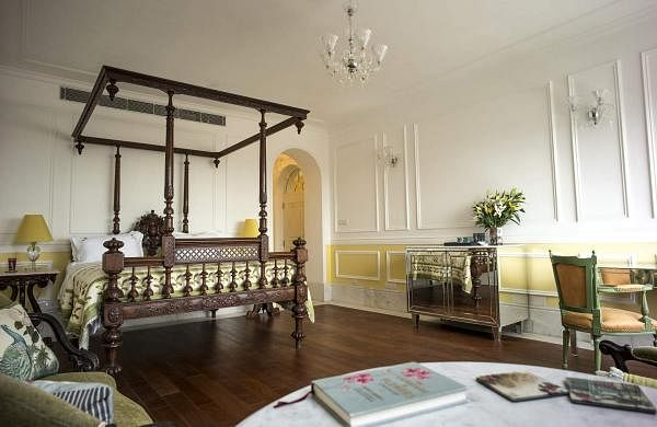 The Calcutta Suite at Glenburn Penthouse, Kolkata: Overlooking the magnificent Victoria Memorial, this is a discrete and elegant residence in the heart of historic Kolkata. (Source: Rare India)