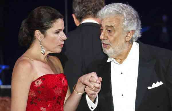 Opera star Placido Domingo and Ana Maria Martinez (AP Photo/Laszlo Balogh)